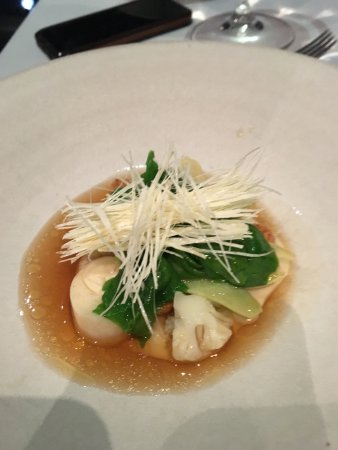 Quay Restaurant: Cauliflower dish (substituted for mud crab)
