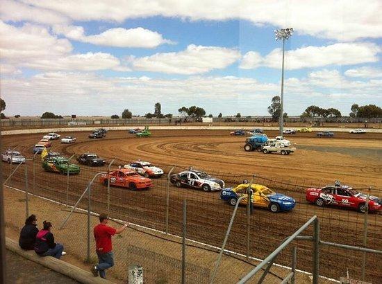 Blue Ribbon Raceway