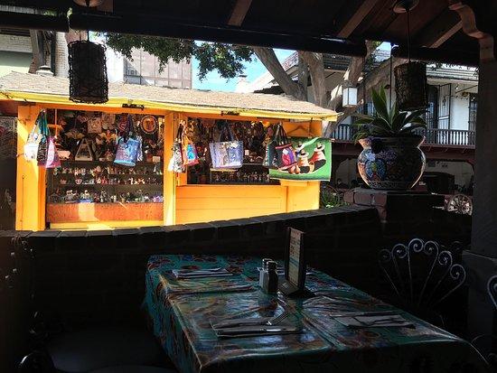 el paseo inn los angeles restaurant avis num ro de t l phone photos tripadvisor. Black Bedroom Furniture Sets. Home Design Ideas