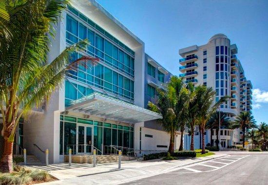 Surfside, فلوريدا: Exterior