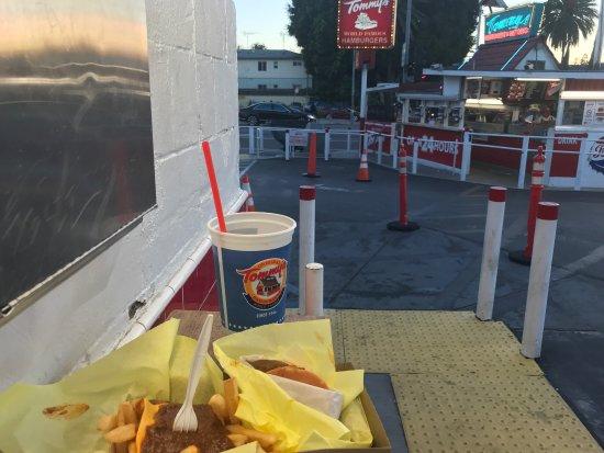 Tommy's Original Hamburger: photo3.jpg