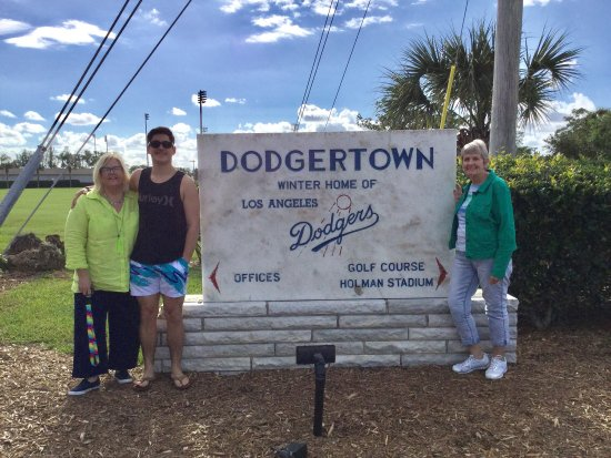 ‪Dodgertown‬