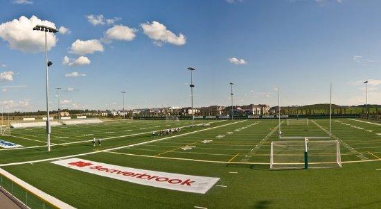 Spruce Grove, Kanada: Fuhr Sports Park Football & Soccer Fields - Just Steps Away
