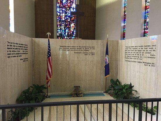 Dwight D. Eisenhower Library and Museum : photo5.jpg