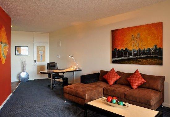 Braamfontein, Sudáfrica: Premier Suite - Living Room