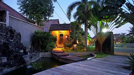 Bumi Linggah The Pratama Villas: Good vibes in front of our one bed room villa