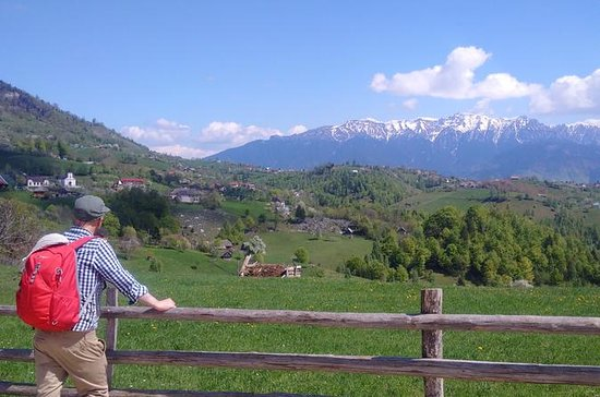 4-Day Carpathian Trek: Bucegi...