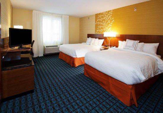 Wentzville, Миссури: Queen/Queen Guest Room