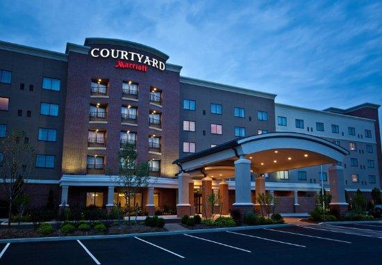 Courtyard buffalo airport updated 2018 hotel reviews for K kitchen company cheektowaga ny