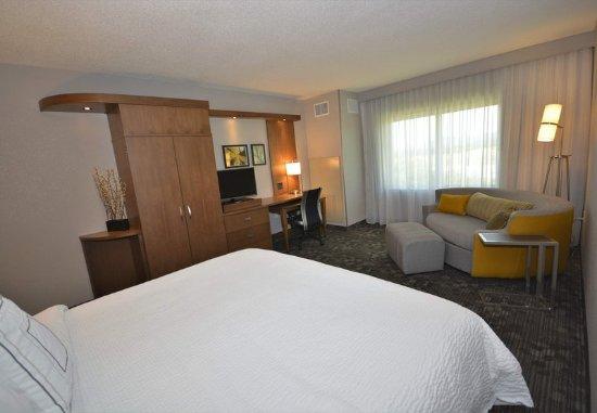 Arden, North Carolina: King Guest Room