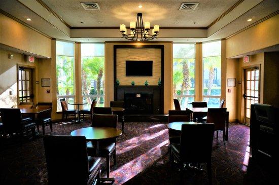 Residence Inn by Marriott Huntington Beach Fountain Valley Photo
