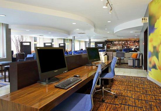 Mount Arlington, NJ: Business Center