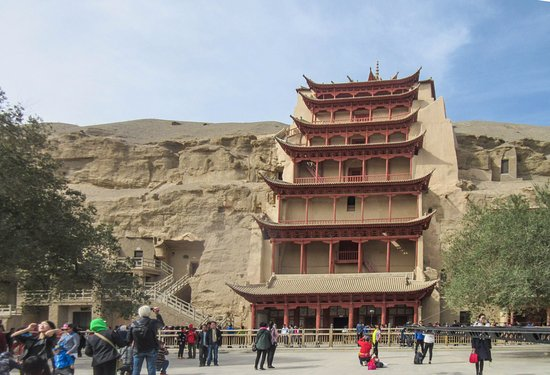 Dunhuang, China: Largest pagoda with a huge Buddha inside (no photos allowed)