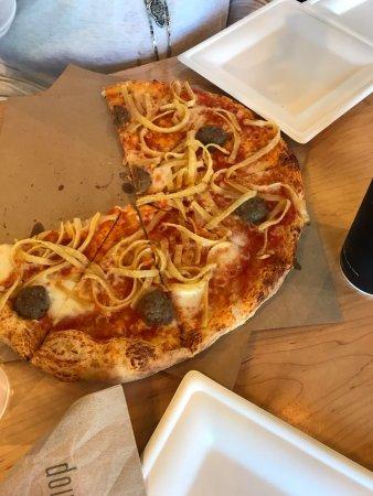 Geneva, IL: Spaghetti and Meatball Pizza