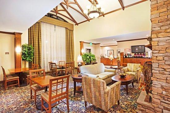 Staybridge Suites Knoxville Oak Ridge: Breakfast Area