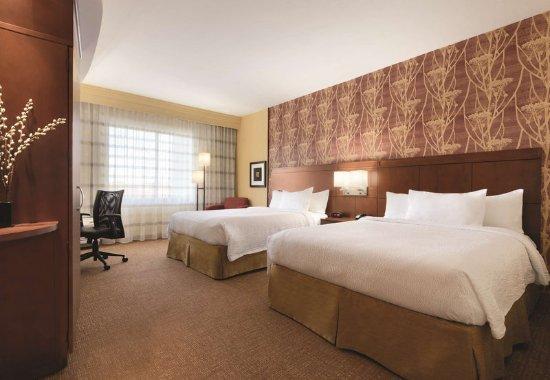 Salisbury, NC: Queen/Queen Guest Room