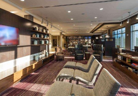 Littleton, MA: Hotel Lobby