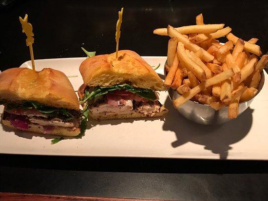 Jack Astor's Bar & Grill - Front St. : photo1.jpg