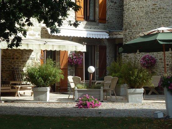 Ceaux, France: Terrasse exposée sud
