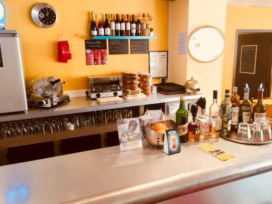 Amelie-les-Bains-Palalda, Frankrijk: Bar du Castel Emeraude Ouvert a l'annee Amelie les Bains