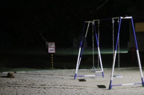 Trinco Blu by Cinnamon: kids play area