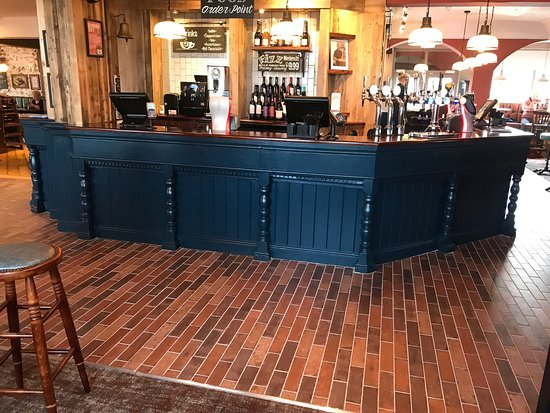 Sutton in Ashfield, UK: The new look Fox and Crown! 😍