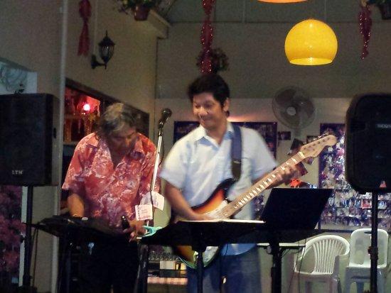 Karon Calypso: Karaoke