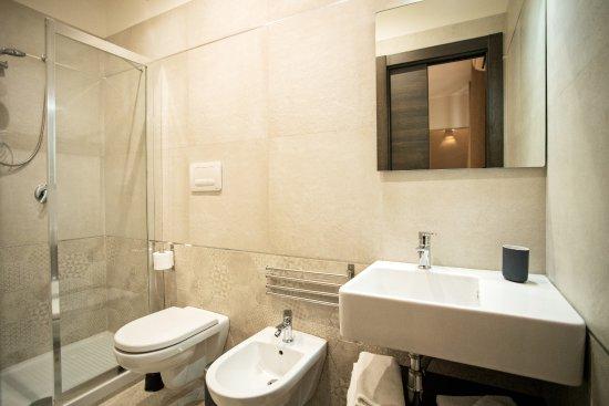 Bagni Con Doccia Centrale : Bagno con doccia grande foto di b b centrale barletta tripadvisor