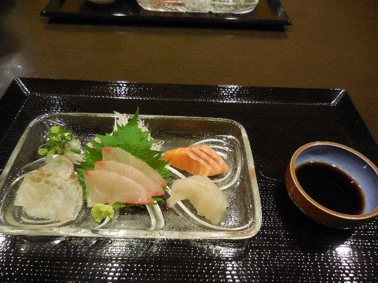 Kudamatsu, Japan: 刺身をいただきました。