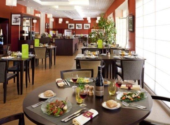 Appoigny, Francia: le diner