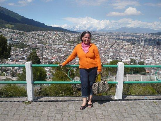 Trujillo, Venezuela: Desde una de las esquinas DEL MIRADOR tienes que ir .momnumento virgen de la paz.