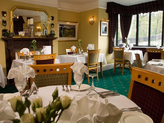 Restaurant at The Exmoor White Horse Inn: Restaurant open to both resident and non residents nightly