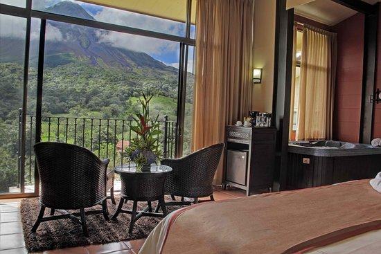 Arenal Kioro Suites & Spa: Couples Suite