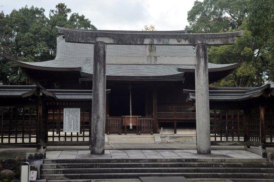 Sakura Shrine: 伝説の舞台