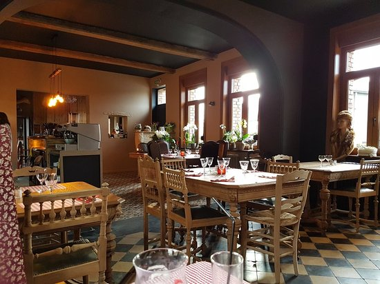 Mont Saint-Aubert, Belçika: TA_IMG_20171110_140824_large.jpg
