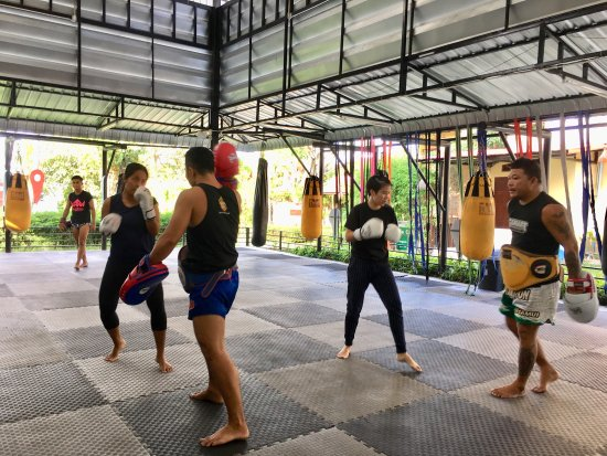 Mae Nam, Tailandia: Good Gym!!