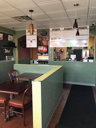 Inver Grove Heights, MN: inside of js fish&chicken