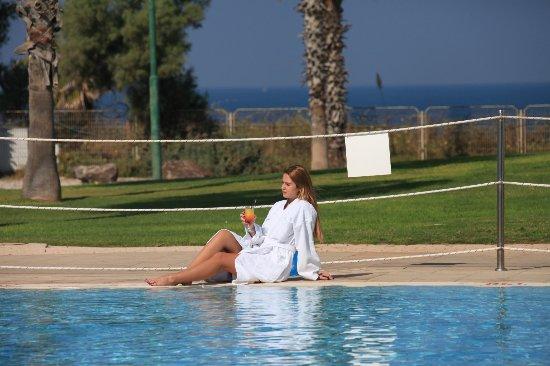 Pool - Picture of Harlington Hotel, Ashkelon - Tripadvisor