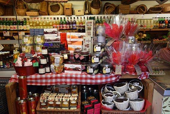 Lewes, UK: Middle Farm shop