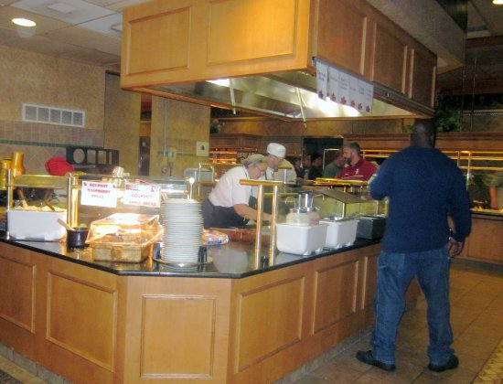 East Earl, PA: One of the buffet stations; long buffet in background