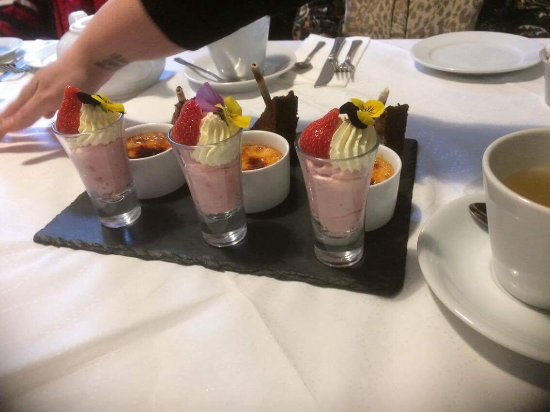 Newcastle Emlyn, UK: Dessert