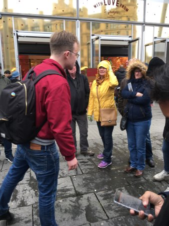 Free Manchester Walking Tours (England): Top Tips Before ...
