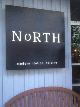 North Italia: Entrance Sign Outside