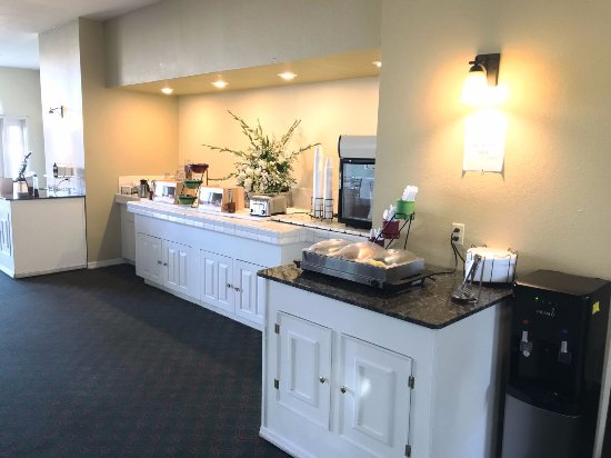 AMERICAS BEST VALUE INN U0026 SUITES SIKESTON MO   Updated 2018 Prices U0026 Hotel  Reviews   TripAdvisor