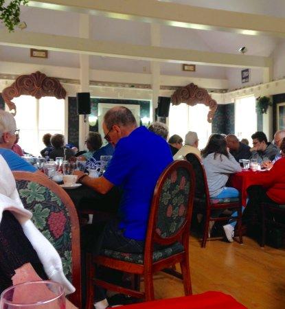 Big Pond, Canada: Thanks Giving Turkey Dinner Crowd