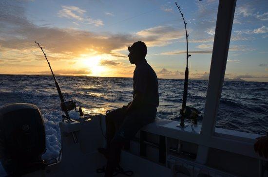 วิวา ไอส์แลนด์ รีสอร์ท: Beautiful sunrise while fishing
