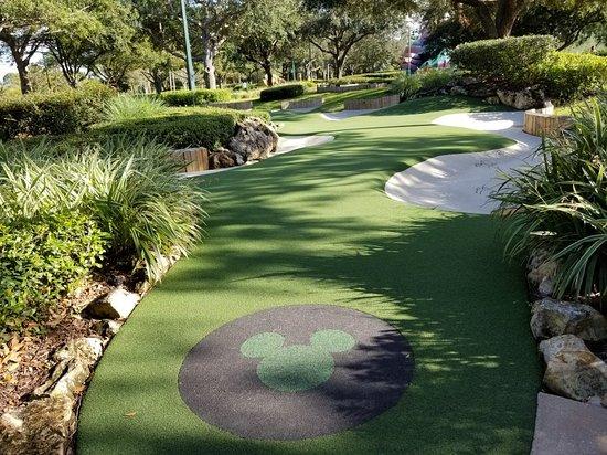 Disney's Fantasia Gardens Miniature Golf Course : 20171101_162039_large.jpg