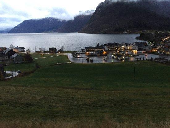 Raftevold hotell og Hornindalsvannet