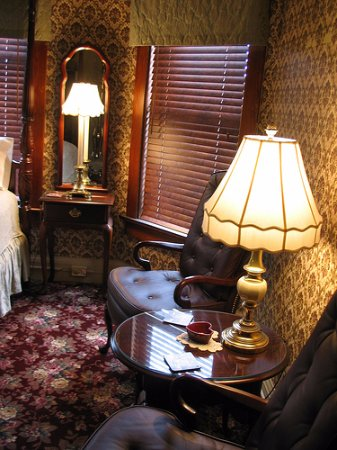 Port Washington Inn: Dorothy's Room