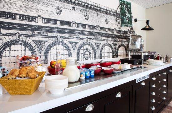 Golden Tulip Troyes: buffet petit-déjeuner